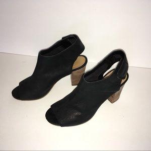 Nine West Black Peep Toe Leather Bootie. 7.5